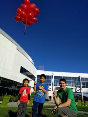 Richo theta balloons with visitors 1.jpg